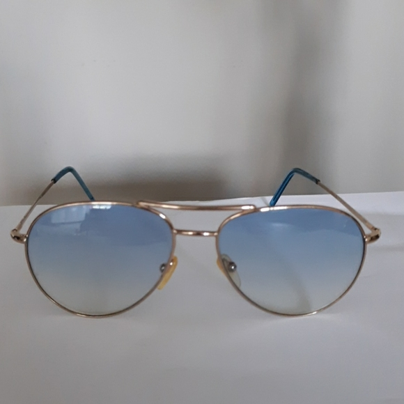 Vintage Gucci Gold Aviator Sunglasses Blue Lenses